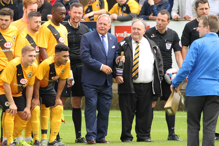 Barry Fry presents